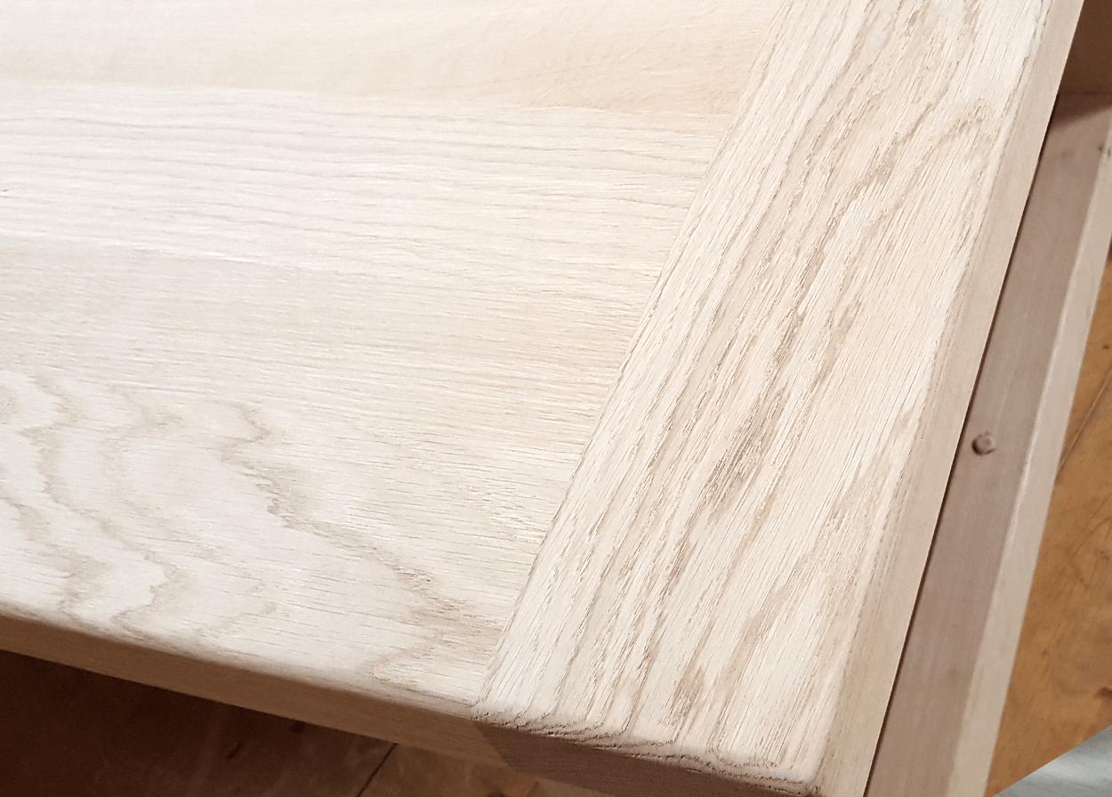 Nos Tables Fixes En Bois Massif Table Fixe Charpentier Bois De Chene Massif Aspect Brut